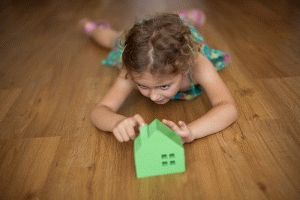 Сколько стоит подарить долю в квартире внучке